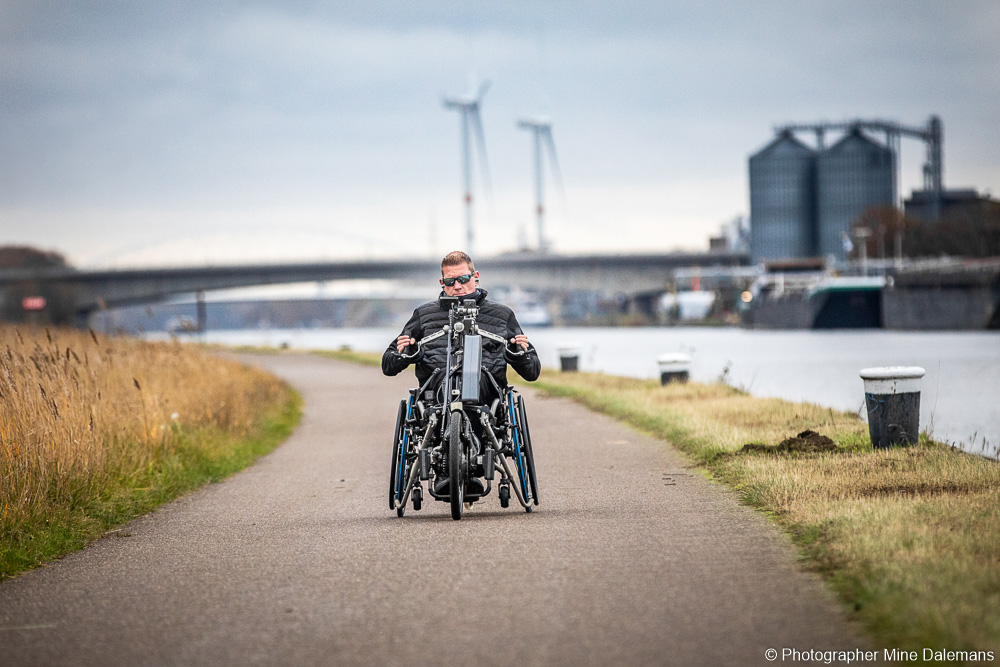 Sven with his Stricker Neodrives, cycling along the river.